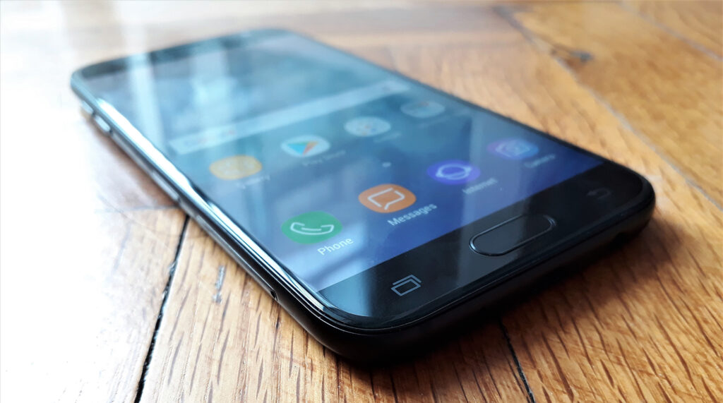 Samsung Galaxy J5 (2017) recenzija